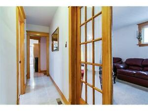 A Great value in a prime location! 1.5 storey West Galt home! Cambridge Kitchener Area image 3
