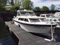 Seamaster 30 VGC diesel twin engines 6 birth