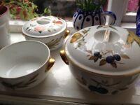 Vintage Royal Worcester Set 3 pieces x2 lids
