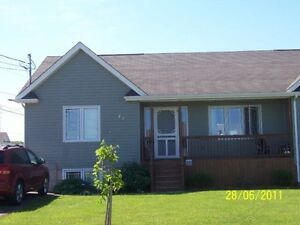 4 brdm house for rent-Shediac-available NOW