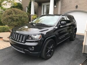 Jeep Grand Cherokee Limited Altitude A1: Cuir, toît pano, GPS...