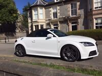 Immaculate 2 owner Audi TT 2.0 TDI Black Edition Roadster Quattro 2dr