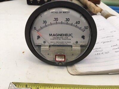 Dwyer Magnehelic Gauge - Model 2000-0 C