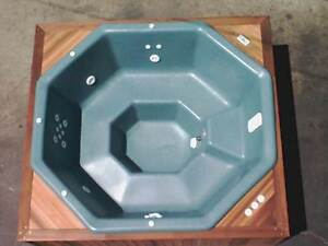 POLYETHYLENE PORTABLE SPA SALES & MANUFACTURING Toowoomba Toowoomba City Preview