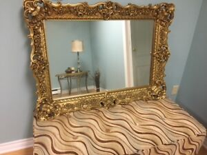 VERY ATTRACTIVE GOLD EDGEING MIRROR