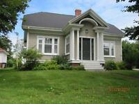 Investment Heritage Home: RENOVATED. GREAT LOCATION. CHARMING!
