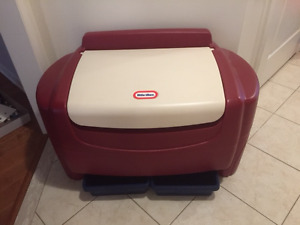 Little Tikes Toy Chest - like new