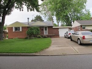 South Windsor basement apartment for rent $850 inclusive