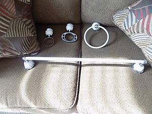 Bathroom toel rack, cup holder,soap and hand towl holder Cambridge Kitchener Area image 1