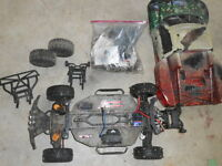 traxxas 2wd works great comes with tons of stuff