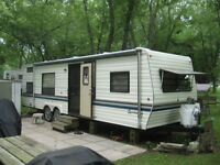 Great Deal !!!! 30 ft sportsmens bunkhouse trailer