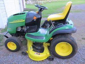 22 H.P. JOHN DEERE lawn tractor