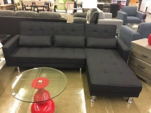 THE NEW SECTIONAL SENSATION AT DIRECT LIQUIDATION