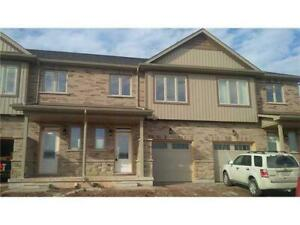 Executive Townhouse for rent in Grimsby, 2 minutes from the Lake