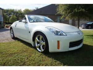 2008 Nissan 350Z Grand Touring Roadster LOW LOW KMS - MINT