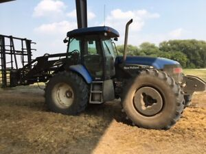 New Holland TV145 Bi-Directional Tractor