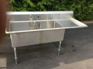 Evier commercial stainless sink acier inoxidable DOUBLE cuve 24 x 24 lavabo