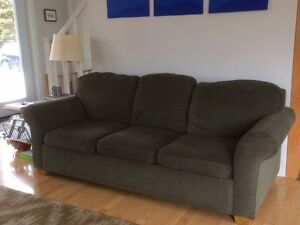 3 seat very comfortable couch $100  SOLD