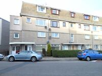 Self contained 2 bedroom flat on 2 floors situated on Gray Street with Garage, in excellent order