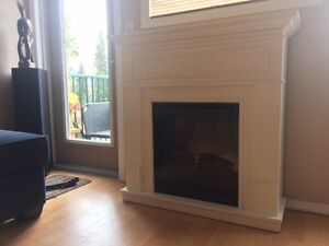 White Electric Firplace with Heater - works very well!