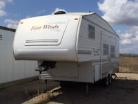 LOOKING FOR A 5TH WHEEL DON'T MISS THIS DEAL