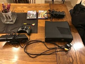 Xbox 360,2 games,1 controller,and Kinect