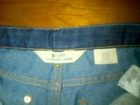 H&M JEANS & SHORTS- 3 PAIRS FOR A TEENAGER, SIZE 9-13 YEARS OLD.-in NW3