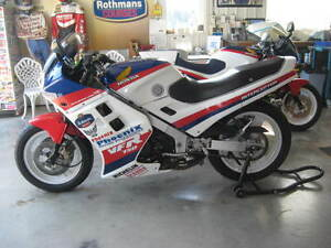 1986 VFR750 Honda - completely gone over! Nice!