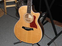 Taylor acoustic / electric cutaway guitar w/hsc