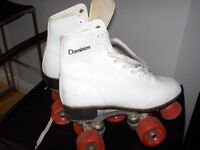 DOMINION Size 6 Lady`s Roller Skates