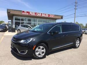 2017 Chrysler Pacifica Touring-L Plus|Heated Mirrors|BACKUP CAM