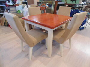 Square Kitchen Table Set(TRAIL)