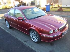 Jaguar x type 2.5 V6 . SE. Full electrics, Automatic , All wheel drive, touch screen controls . Mint