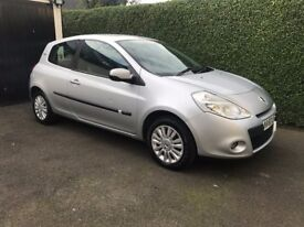 2011 Renault Clio 1.2 Petrol only 19k Miles 1 Year MOT