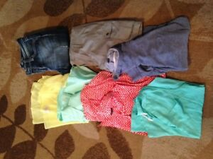 LOT WOMEN'S OR TEEN'S CLOTHES, TOP, TANK, SHORTS