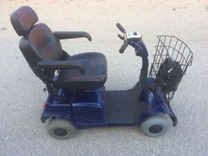 Blue Fortress 2000 4-Wheel Mobility Scooter