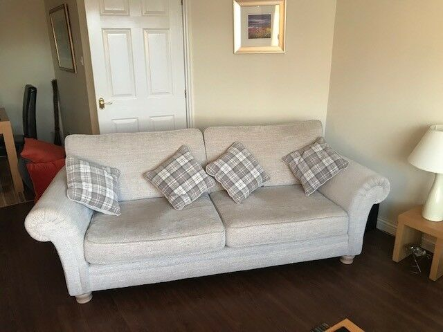 Westbridge Sienna Large Sofa And 2 Chairs Plus 4 Cushions 1 Storage Stock