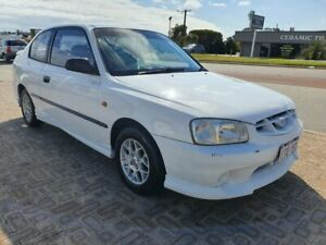 2000 Hyundai Accent LC GL White 5 Speed Manual Hatchback Wangara Wanneroo Area Preview