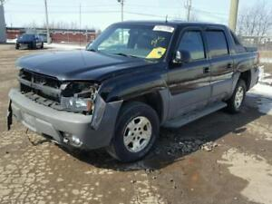 parting out 2002 Chevrolet avalanche
