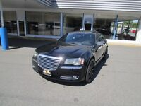 2014 Chrysler 300C HEMI V8 AWD Premium 300 - 8,000 KM's