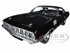 1971 PLYMOUTH CUDA HEMI BLACK W/BLACK VINYL TOP 1/24 BY M2 MACHINES 40300-37D