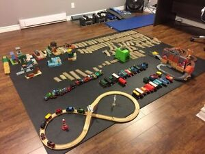 Thomas Trains with Tracks and Buildings