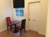 £330 / w - Large two bedroom flat with balcony close to West Kensington station