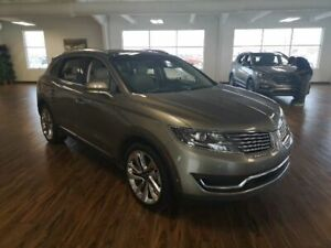 2016 Lincoln MKX Reserve 2.7L AWD Panoramic Roof, Navigation, Ad