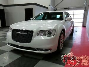 2015 Chrysler 300 NAVIGATION,PANORAMIC SUNROOF,LEATHER