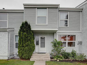3 BEDROOM TOWNHOUSE CLOSE TO SOUTH SIDE CENTURY PARK LRT STATION