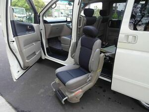 2004 Nissan Elgrand WELCAB REAR HOIST White 5 Speed Tiptronic Wagon Taren Point Sutherland Area Preview