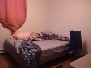 Available July 1th Professionals   1 Room Furnished