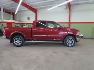 2015 Ram 1500 Laramie Eco Diesel Local greenlightauto.ca