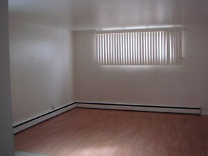 HEATED 2 BDRM APT- NEAR UNIVERSITY & HOSPITAL - August 1st